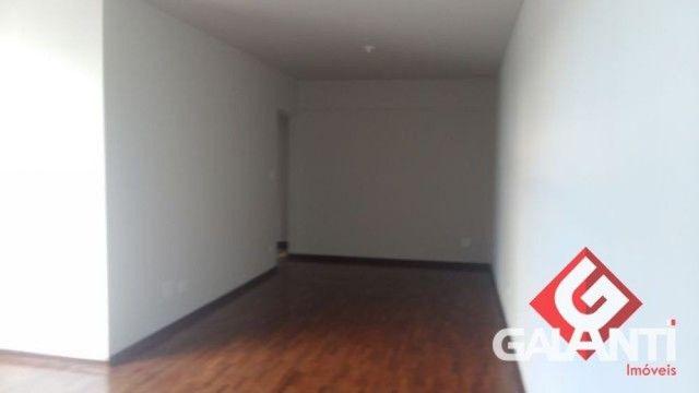 LOCAÇÃO   Apartamento, com 3 quartos em CENTRO, MARINGÁ - Foto 2