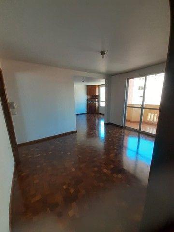 LOCAÇÃO   Apartamento, com 3 quartos em Zona 03, Maringá - Foto 6