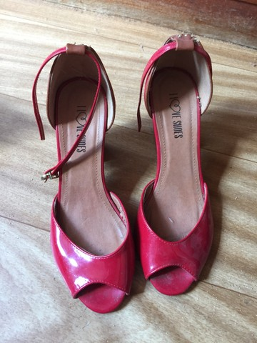 Promoção suas sandálias lindas por 60$ - Foto 2