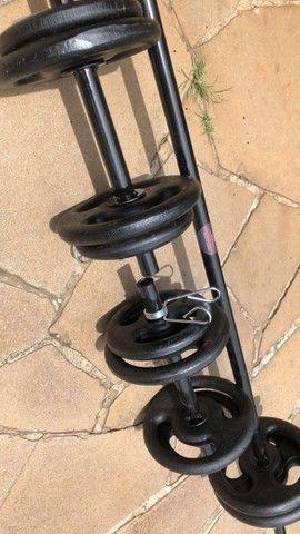 Kit completo para treinar em casa / Anilhas e barras - Foto 5