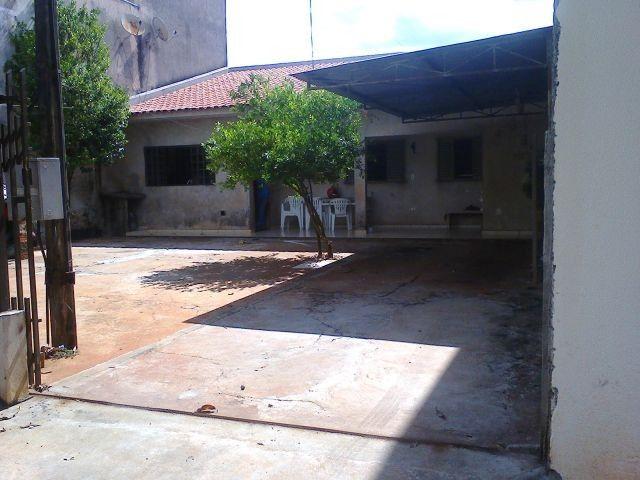 VENDA   Casa, com 2 quartos em Loteamento Cidade Jardim, Maringá