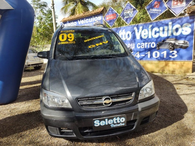 Zafira 2009/ Completa / Gnv em baixo do carro/  Motor 2.0/ 7 Lugares / 96.000klm - Foto 2