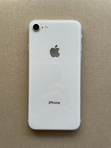 Iphone 8 - 64GB - Apple - Branco - Foto 4
