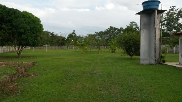 Cód. 016 - Sítio 5.500m², com casa Sede, campo de futebol e poço artesiano - Foto 3