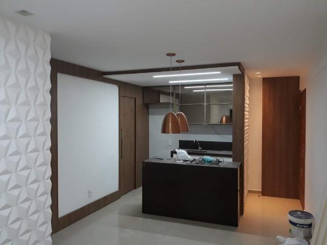Vendo lindo apartamento 3/4 todo reformado com moveis planejados e eletrodomésticos - Foto 2