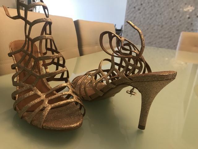 e0d938f7f Sandália dourada hiper confortavel para festa 36 - Roupas e calçados ...