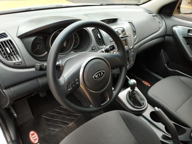 Kia Cerato 1.6 EX 2010 - Foto 8