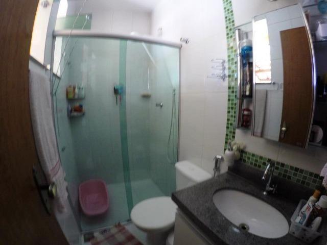 Cod.:2270 Linda casa geminada independente área construída 100 m² no Juliana - Foto 7