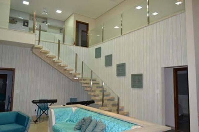 Belíssima casa com 4 suítes em Condomínio Fechado - Favor ler o anúncio todo- - Foto 2