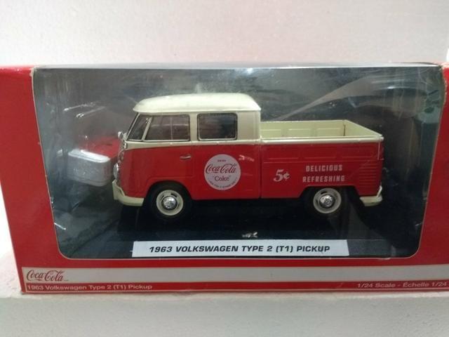 Miniatura Volkswagen Kombi Pickup Coca cola
