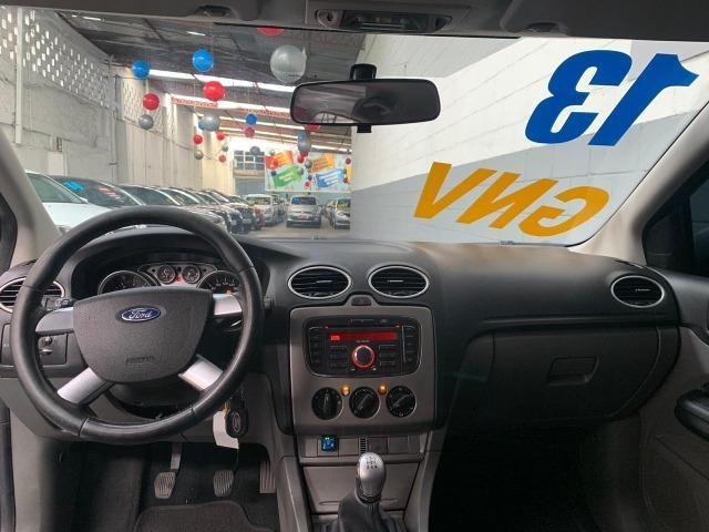Ford Focus Ht 1.6 Glx Completo Gnv - Foto 7