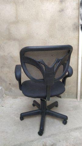 Cadeira giratória de escritório . - Foto 3