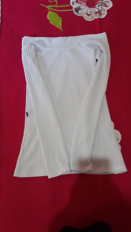 Blusa femenina canelada  - Foto 2