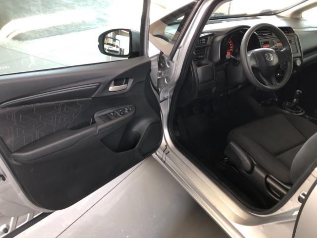 Honda Fit LX 1.5 Prata - Foto 9