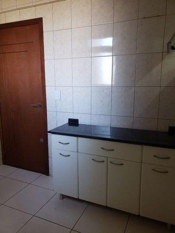 LOCAÇÃO   Apartamento, com 3 quartos em Zona 02, Maringá - Foto 11