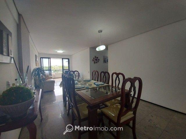 Apartamento com 3 quartos à venda, 121 m² por R$ 660.000 - Ponta do Farol - Foto 2