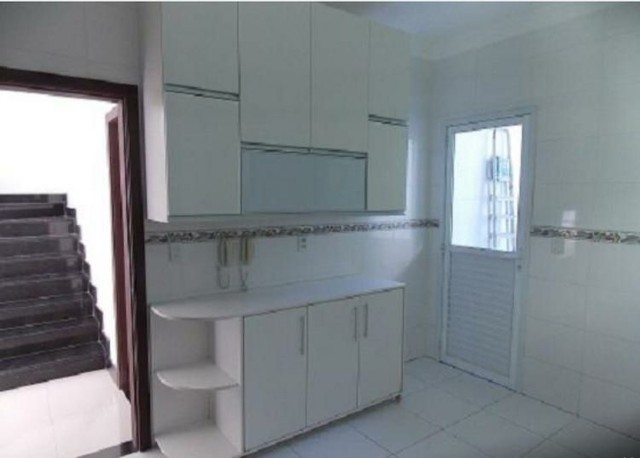 Linda Casa 4 suítes, nascente Condomínio fechado - Lauro de Freitas  - Foto 2