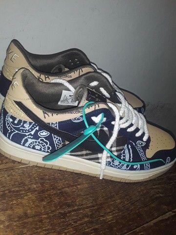 "Sneaker Dunk SB x Travis Scott ""Cactus Jack"" - Foto 2"