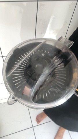 Espremedor de Laranja Eletrico - Foto 2