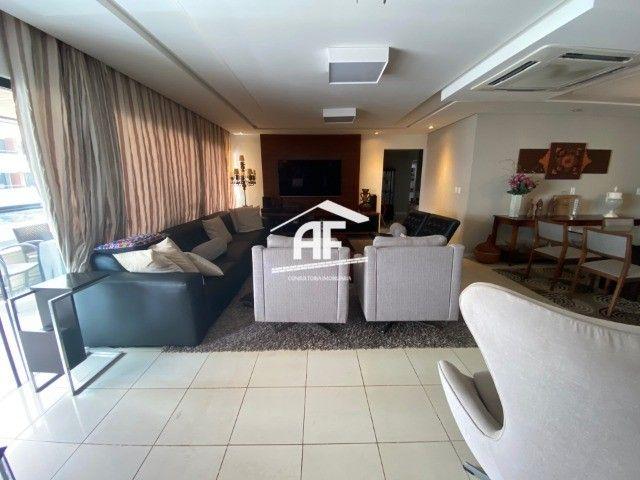 Apartamento Localizado na Ponta Verde, segunda quadra da praia - 225m², 4 suítes - Foto 3