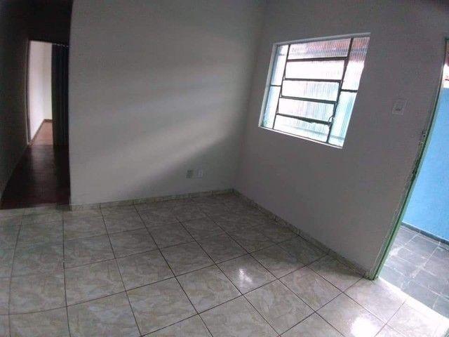 Casa 6 cômodos - Aluga-se - Foto 3