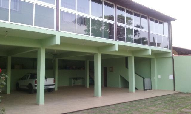Linda casa Setiba avenida principal