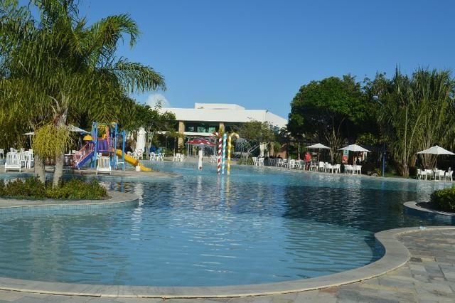 Vendo, excelente quarto e sala no Iloa Resort. Localizado na barra de são Miguel