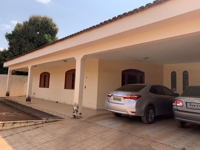 Oportunidade: Casa de 4qt, suite, laje lote 1000 metros no Setor de Mansões de Sobradinho - Foto 2