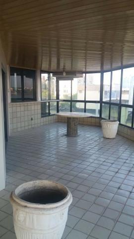 Exclusividade/ 504 m2 sendo UM por andar/ 4 suítes com varanda e closed - Foto 16