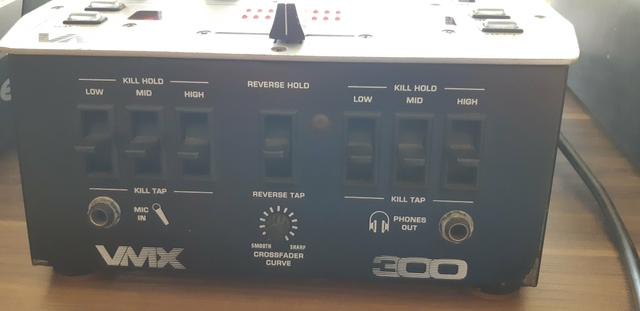 Mixer Behringer VMX 300 - Foto 4