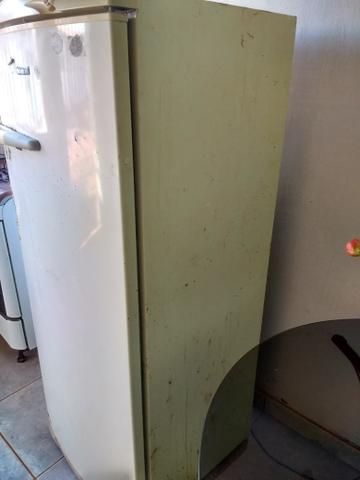 Vendo geladeira Consul - Foto 6