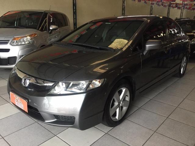 Honda Civic 2010 aceito troca contato pelo whatsapp * falar com Tiago - Foto 2