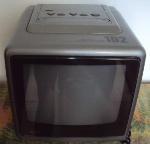 "TV 10"" Polegadas Semp Toshiba Modelo 102 Portátil Televisão Televisor - Foto 2"