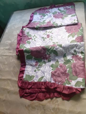 Colcha de cama de casal acolchoada