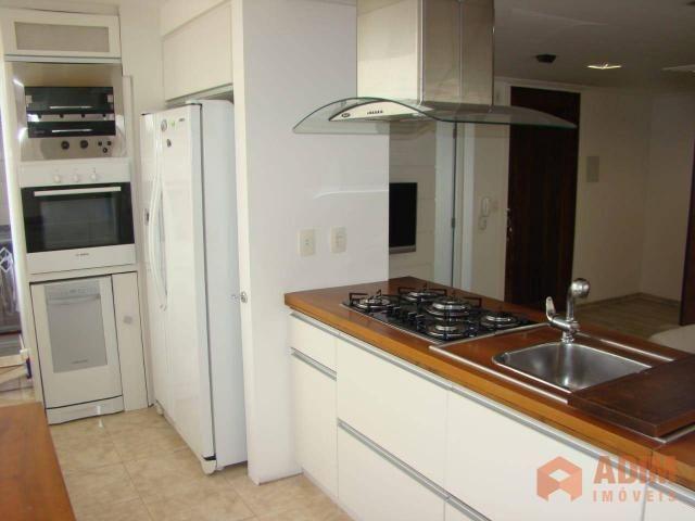 Apartamento quadra mar na Barra Sul, 2 dormitórios sendo 1 suíte, opção para 3º dormitório - Foto 13