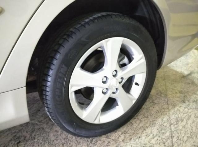 Toyota Corolla Gli 1.8 Aut - Foto 13