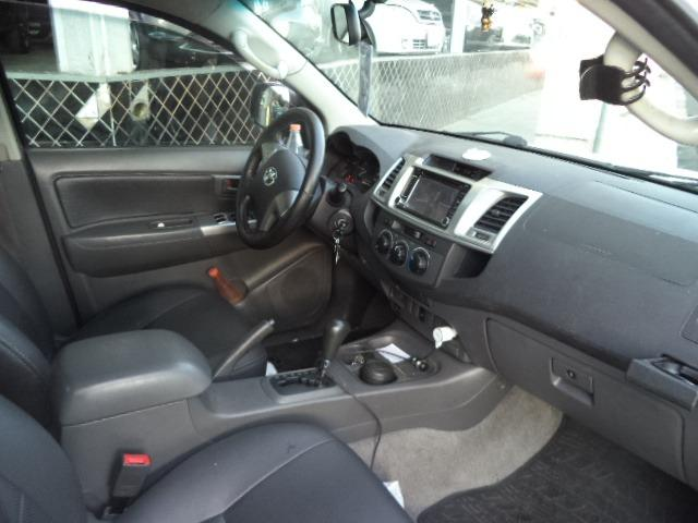 Toyota Hilux CD 2.7 16V Flex/GNV Automatico Completo Couro 2013 Branca - Foto 9