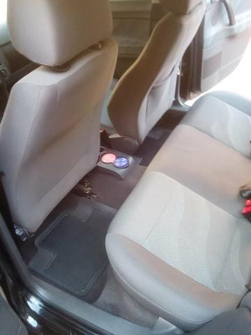 Polo Sedan 1.6 Flex - Foto 15
