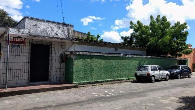 Casa com 3 dormitórios à venda, 300 m² por R$ 550.000,00 - Vila União - Fortaleza/CE