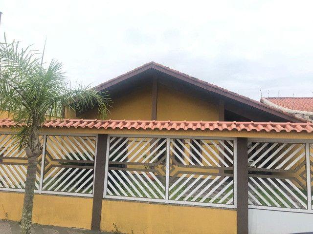 Casa mobiliada aluguel definitivo/ fixo, Peruíbe 400mts praia, 3dorm, 3vgs