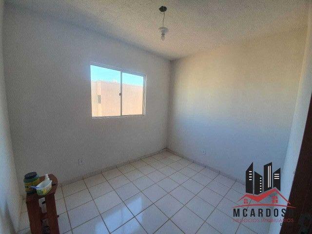 Apartamento com 02 quartos, sala, cozinha, 01 banheiro, 01 vaga de garagem, 3º andar - Foto 2