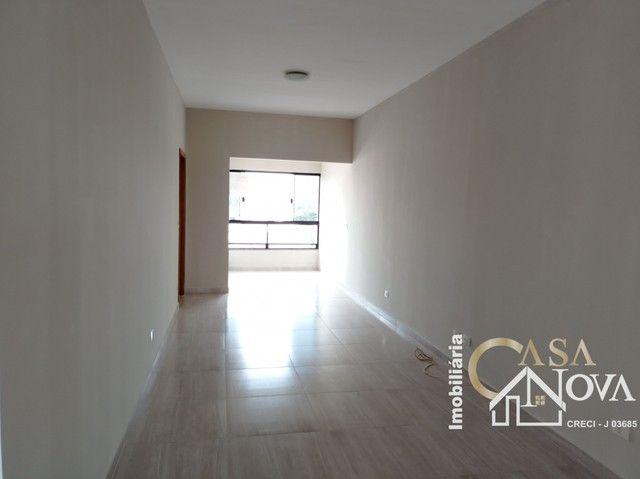 LOCAÇÃO   Apartamento, com 3 quartos em Jardim Itália, Maringá - Foto 9