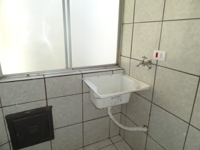 LOCAÇÃO   Apartamento, com 3 quartos em AEROPORTO, Maringá - Foto 13