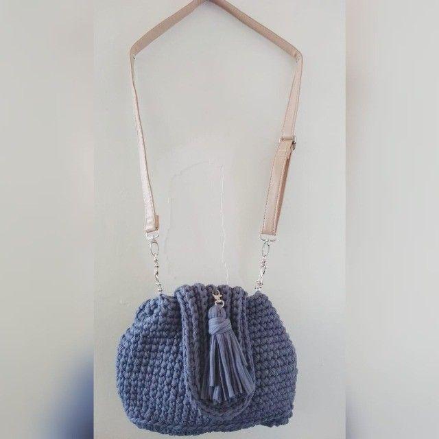 mochila de crochê em fio de malha - Foto 3