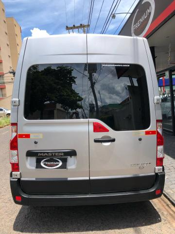 MASTER 2017/2018 2.3 DCI DIESEL MINIBUS EXECUTIVE 16L L3H2 3P MANUAL - Foto 5