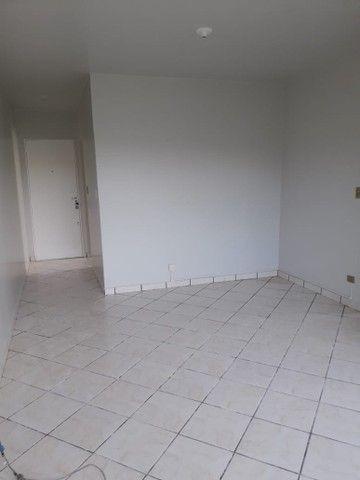 LOCAÇÃO   Apartamento, com 3 quartos em VILA BOSQUE, MARINGÁ - Foto 6