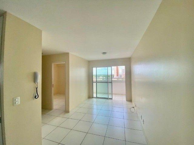 Vendo excelente apartamento com 2 quartos no Renascença II