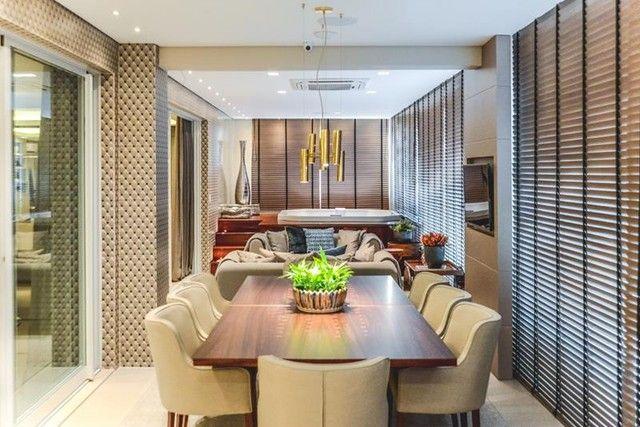 Apartamento para venda possui 441 metros quadrados com 5 suítes e 5 vagas de garagem em Cu - Foto 19