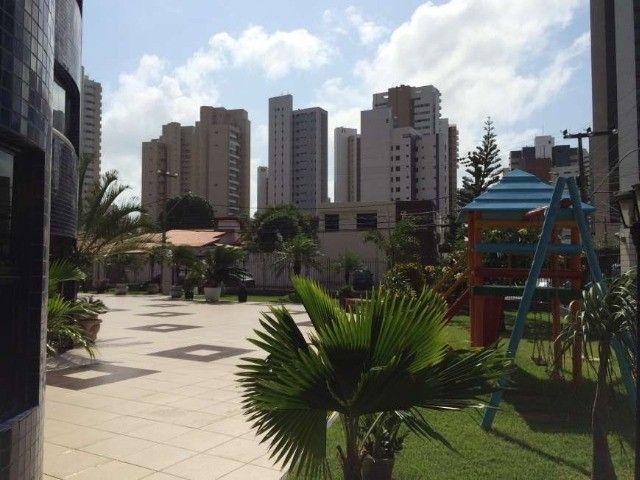 Cond. Piazza Navona, Cocó-  Amplo Apartamento com Três Suítes - Foto 15