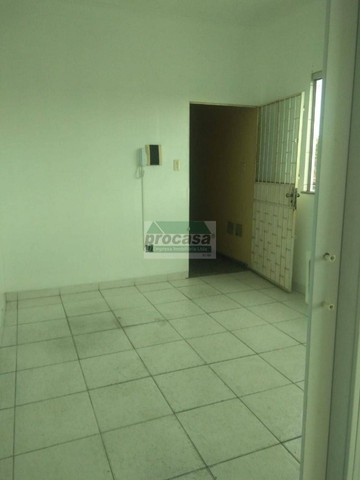 Lindo Apartamento por R$ 1.300,00 - 3 dormitorios